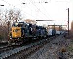 CSX 8660, HLCX 7178 on Q417